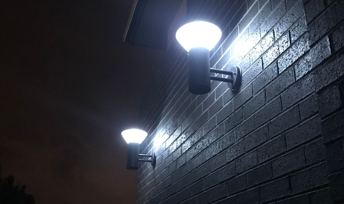 Wall mounted solar lights for commercial or private purposes